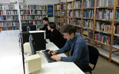 Vračanje učbenikov in ostalega gradiva v šolsko knjižnico